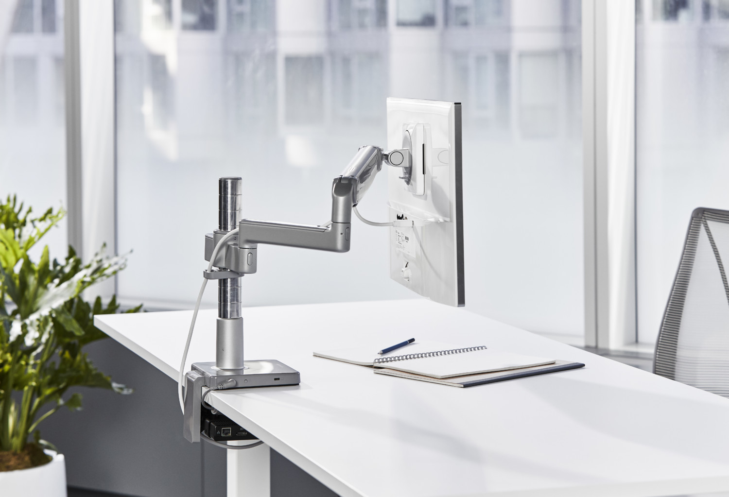 Humanscale has upgraded its range of monitor arms and is introducing two brand new models this October.