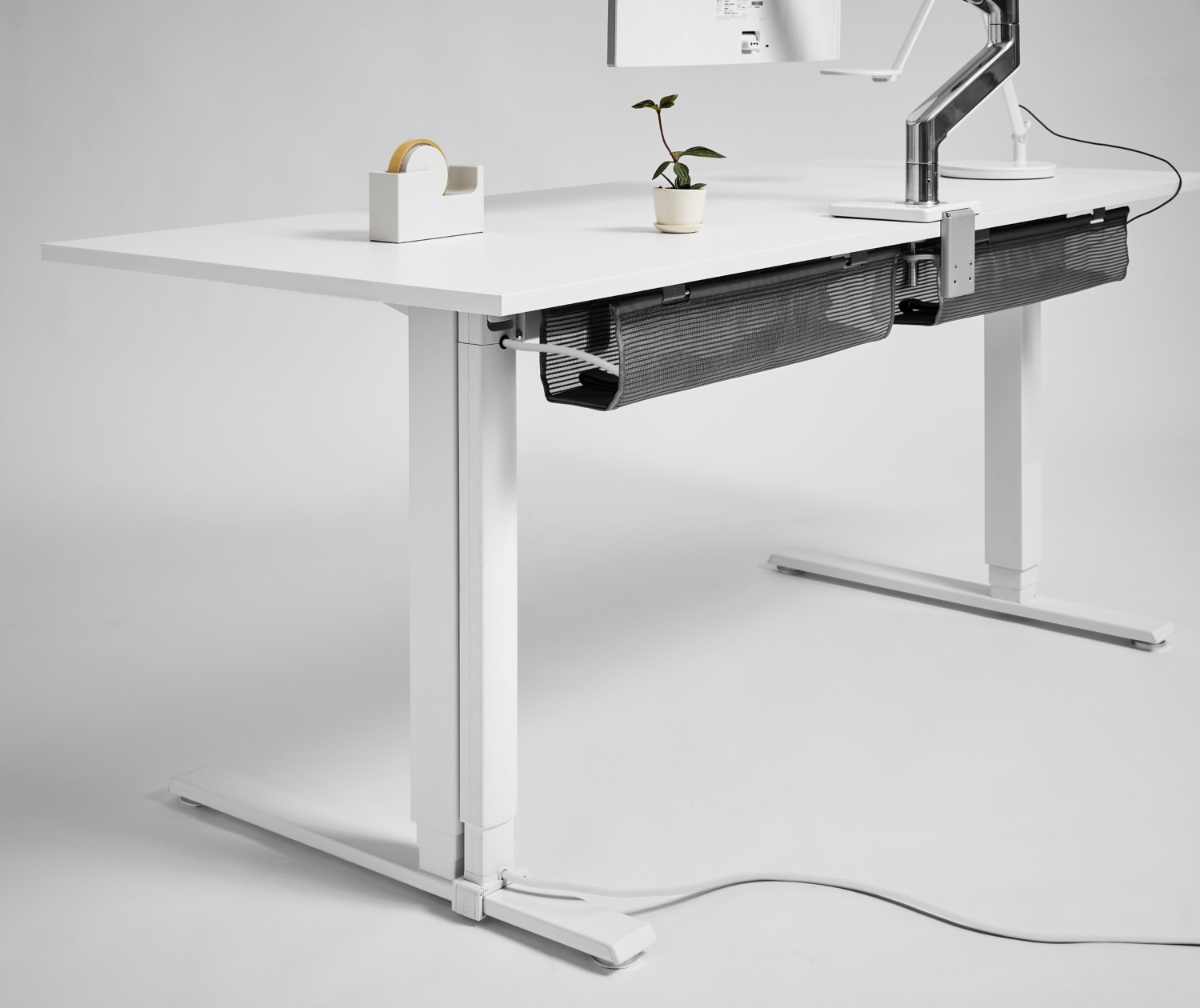 Humanscale Launches NeatUp: A Must-Have for a Wire-Free Desk
