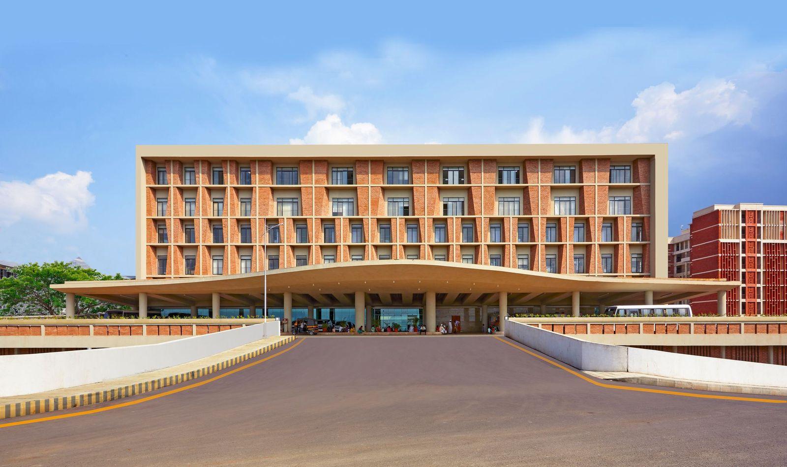 Symbiosis University Hospital by IMK Architects named Supreme Winner at Surface Design Awards 2021